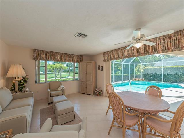 189 Majorca Cir, Marco Island, FL 34145 (MLS #216030093) :: The New Home Spot, Inc.