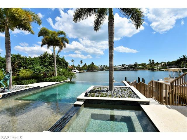 330 18th Ave S, Naples, FL 34102 (MLS #216030331) :: The New Home Spot, Inc.