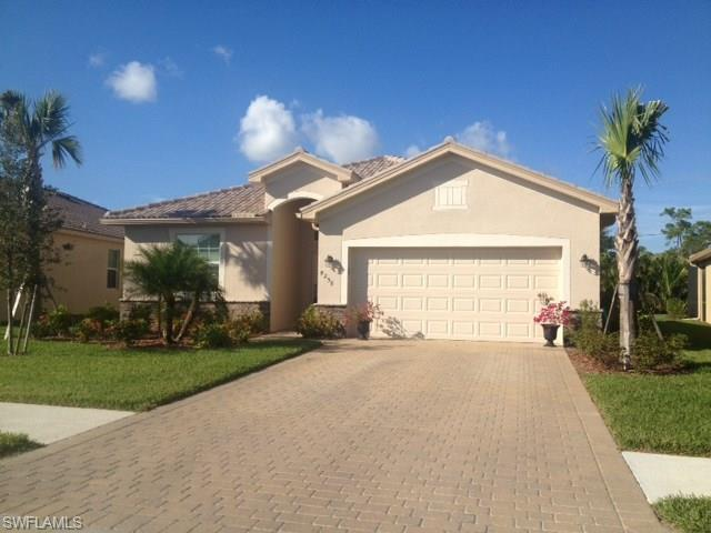 8258 Valiant Dr, Naples, FL 34104 (#216030459) :: Homes and Land Brokers, Inc