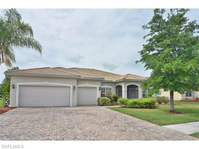 2211 Grove Dr, Naples, FL 34120 (MLS #216030518) :: The New Home Spot, Inc.