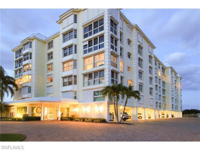 1900 Gulf Shore Blvd N #401, Naples, FL 34102 (MLS #216030915) :: The New Home Spot, Inc.