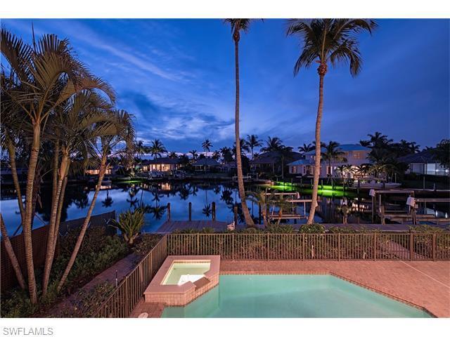 2120 Sheepshead Dr, Naples, FL 34102 (#216033143) :: Homes and Land Brokers, Inc