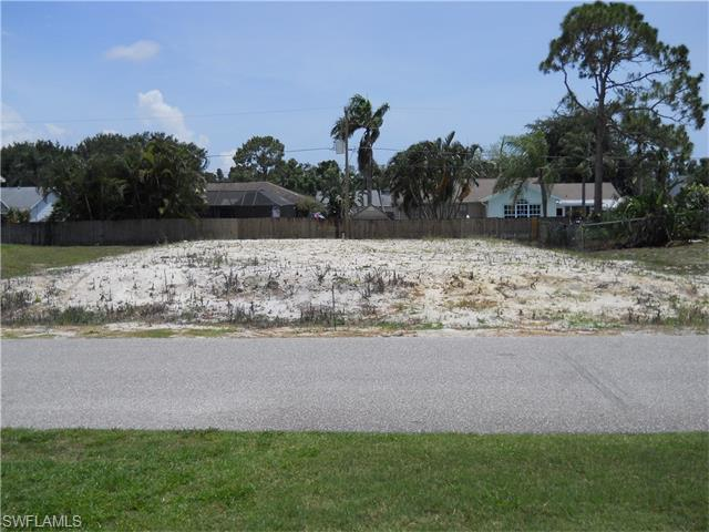 8476 Grove Rd, Fort Myers, FL 33967 (MLS #216033212) :: The New Home Spot, Inc.