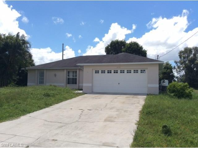 412 NW 1st Ter, Cape Coral, FL 33993 (#216034538) :: Homes and Land Brokers, Inc