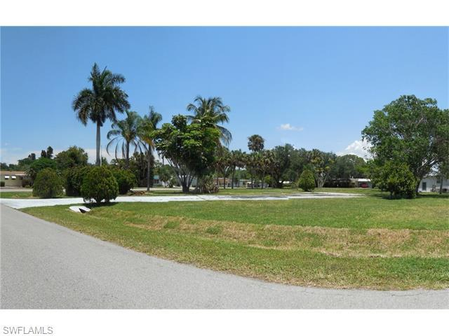 104 Rookery Rd, Naples, FL 34114 (#216035022) :: Homes and Land Brokers, Inc