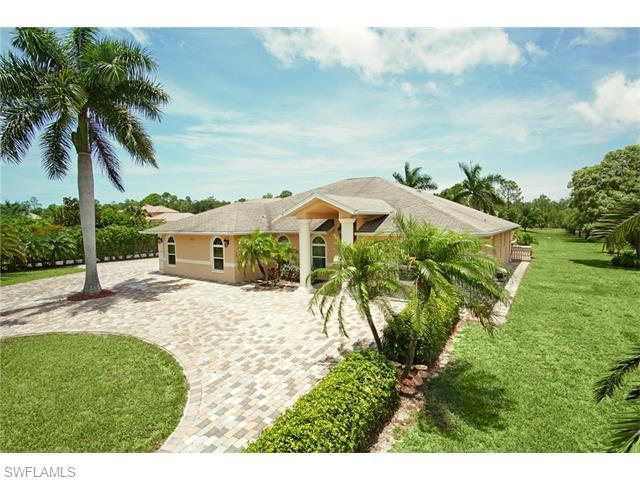 6741 Livingston Woods Ln, Naples, FL 34109 (#216035025) :: Homes and Land Brokers, Inc