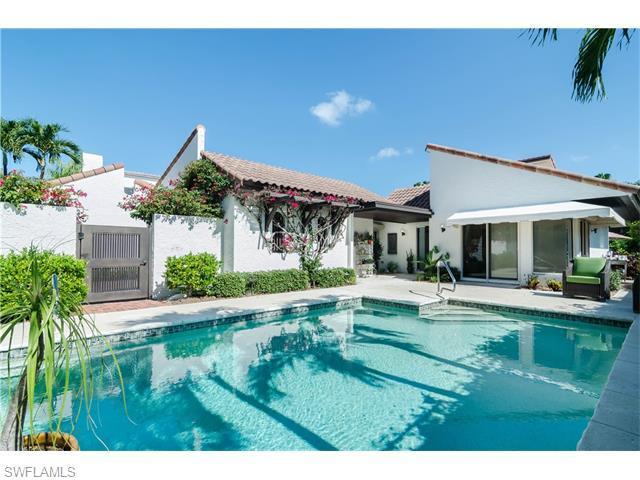 512 Tierra Mar Ln E, Naples, FL 34108 (#216036605) :: Homes and Land Brokers, Inc