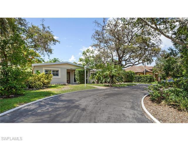 739 7th Ave N, Naples, FL 34102 (#216037890) :: Homes and Land Brokers, Inc
