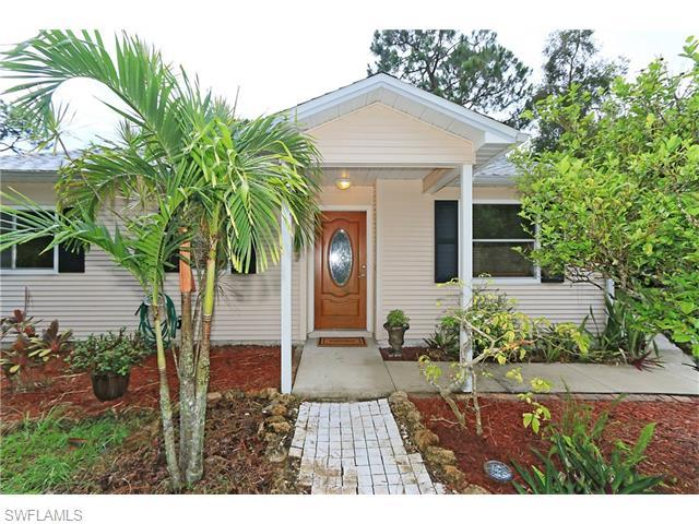8104 Cypress Dr S, Fort Myers, FL 33967 (MLS #216038606) :: The New Home Spot, Inc.
