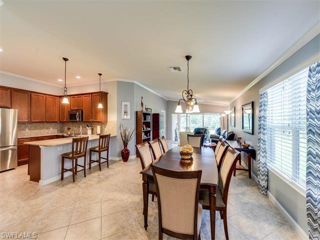 8410 Karina Ct, Naples, FL 34114 (#216039239) :: Homes and Land Brokers, Inc