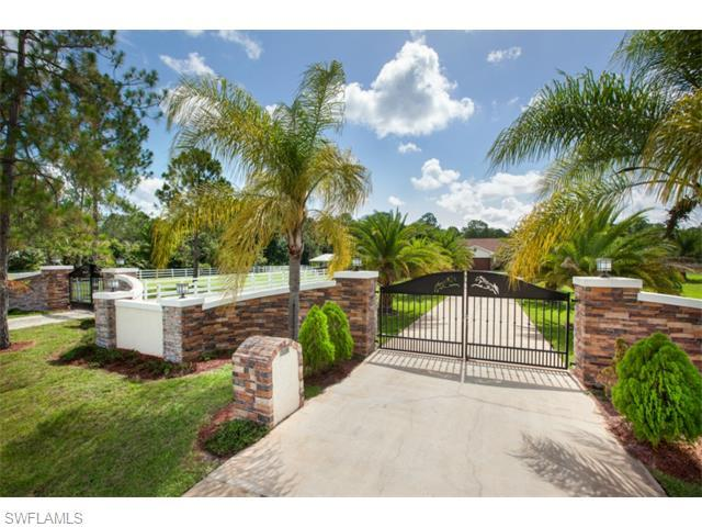 460 29th St NW, Naples, FL 34120 (MLS #216042375) :: The New Home Spot, Inc.