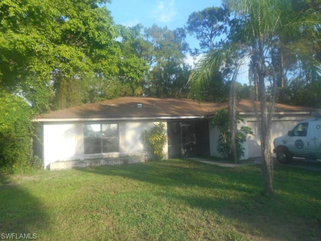 2595 Santa Barbara Blvd, Naples, FL 34116 (MLS #216042568) :: The New Home Spot, Inc.