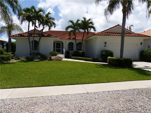 451 Battersea Ct, Marco Island, FL 34145 (#216042857) :: Homes and Land Brokers, Inc