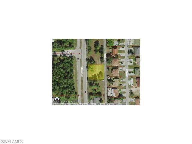 2348 Santa Barbara Blvd, Naples, FL 34116 (#216043413) :: Homes and Land Brokers, Inc