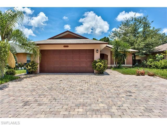 11662 Saunders Ave, Bonita Springs, FL 34135 (MLS #216043787) :: The New Home Spot, Inc.