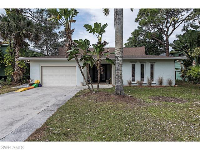 85 Shores Ave, Naples, FL 34110 (MLS #216045505) :: The New Home Spot, Inc.