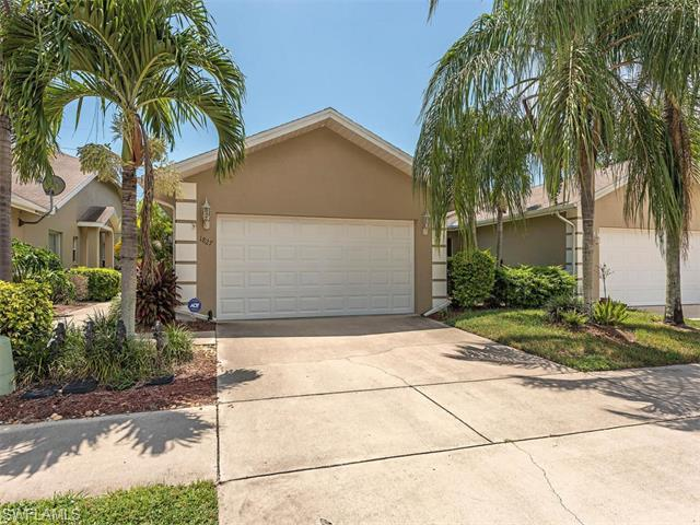 1827 Crown Pointe Blvd, Naples, FL 34112 (MLS #216045739) :: The New Home Spot, Inc.