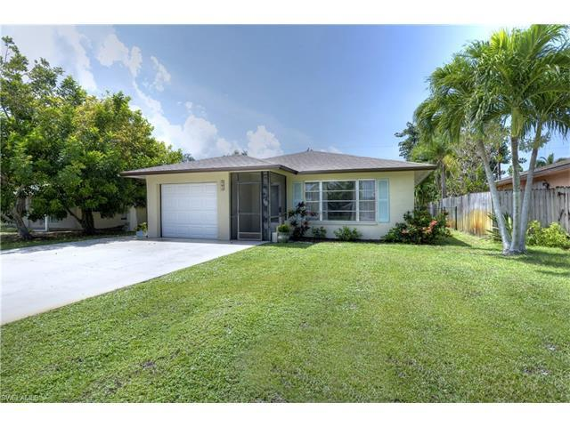 564 109th Ave N, Naples, FL 34108 (#216046498) :: Homes and Land Brokers, Inc