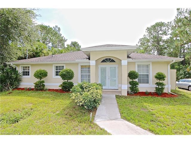 2520 Desoto Blvd S, Naples, FL 34117 (MLS #216047923) :: The New Home Spot, Inc.