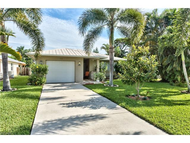 785 99th Ave N, Naples, FL 34108 (MLS #216049641) :: The New Home Spot, Inc.