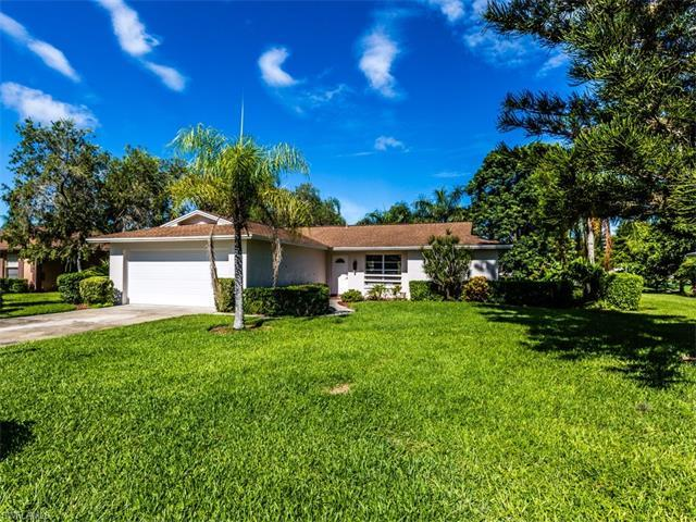 4328 Beechwood Lake Dr, Naples, FL 34112 (#216049671) :: Homes and Land Brokers, Inc