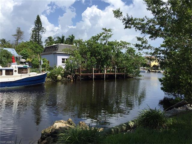 2977 Poplar St, Naples, FL 34112 (#216049863) :: Homes and Land Brokers, Inc