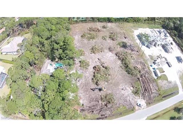 656 Gordonia Rd, Naples, FL 34108 (MLS #216049881) :: The New Home Spot, Inc.