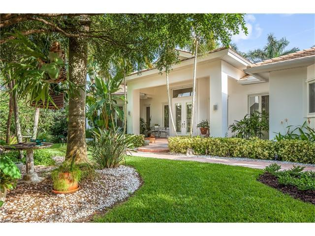405 Rudder Rd, Naples, FL 34102 (MLS #216050051) :: The New Home Spot, Inc.