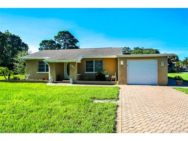 190 2nd St, Bonita Springs, FL 34134 (#216050305) :: Homes and Land Brokers, Inc