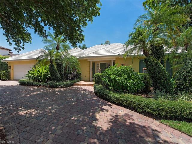 2200 Marina Dr, Naples, FL 34102 (#216050587) :: Homes and Land Brokers, Inc