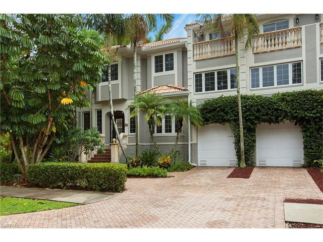 991 8th St S #1, Naples, FL 34102 (#216050737) :: Homes and Land Brokers, Inc