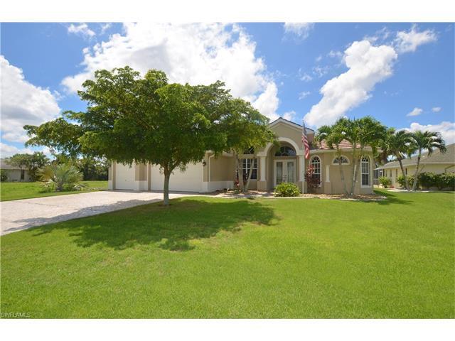 1404 SE 13th Ter, Cape Coral, FL 33990 (MLS #216051018) :: The New Home Spot, Inc.