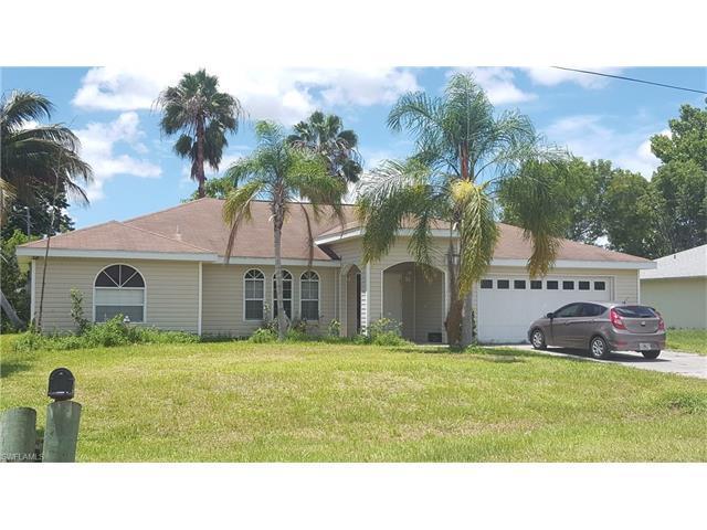 2121 50th St SW, Naples, FL 34116 (MLS #216052250) :: The New Home Spot, Inc.