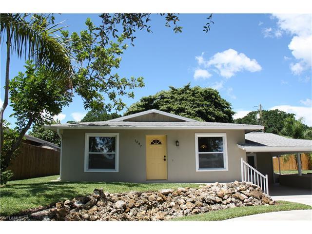 1297 Pompei Ln, Naples, FL 34103 (MLS #216052859) :: The New Home Spot, Inc.