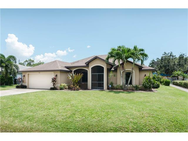 17410 Caloosa Trace Cir, Fort Myers, FL 33967 (MLS #216053021) :: The New Home Spot, Inc.