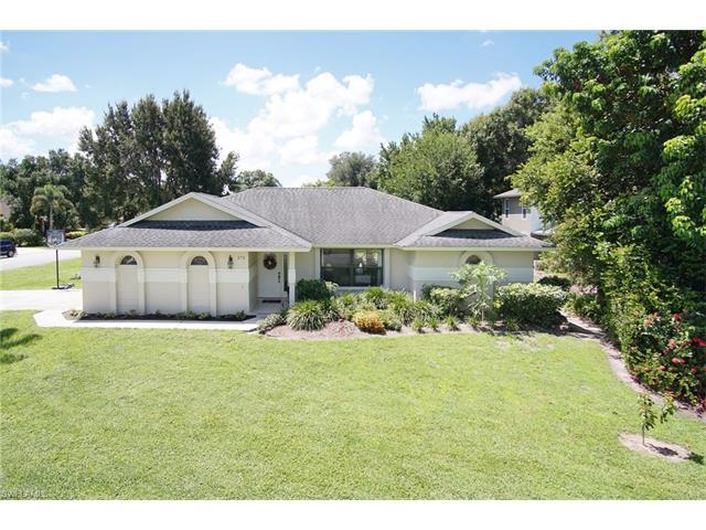 272 Channing Ct, Naples, FL 34110 (#216053123) :: Homes and Land Brokers, Inc