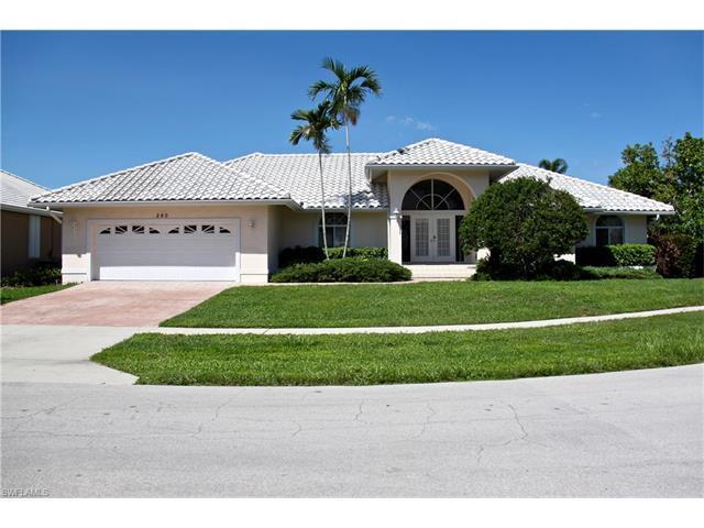 260 Fiji Ct, Marco Island, FL 34145 (#216053151) :: Homes and Land Brokers, Inc
