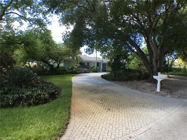 680 Yucca Rd, Naples, FL 34102 (#216053175) :: Homes and Land Brokers, Inc