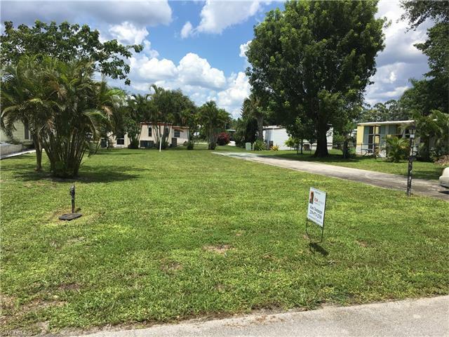 171 Pine Key Ln, Naples, FL 34114 (MLS #216053444) :: The New Home Spot, Inc.