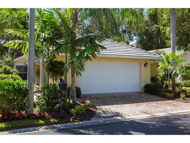 102 Fountain Cir, Naples, FL 34119 (MLS #216053494) :: The New Home Spot, Inc.