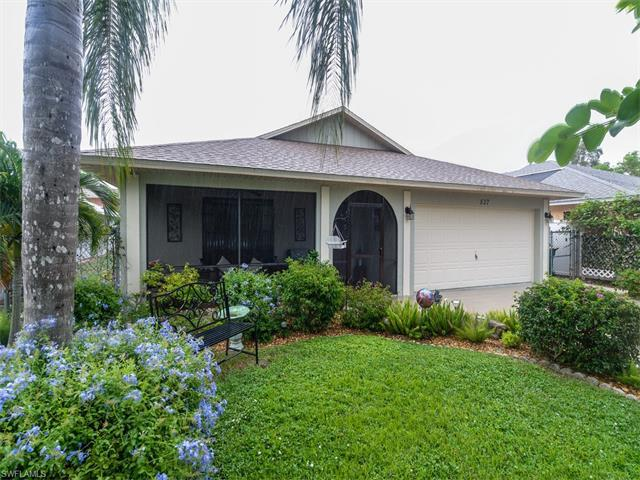 537 110th Ave N, Naples, FL 34108 (#216053792) :: Homes and Land Brokers, Inc