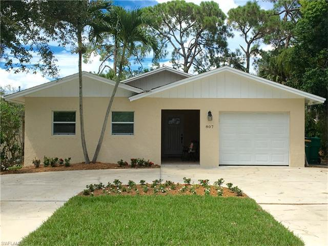 807 108th Ave N, Naples, FL 34108 (MLS #216053859) :: The New Home Spot, Inc.