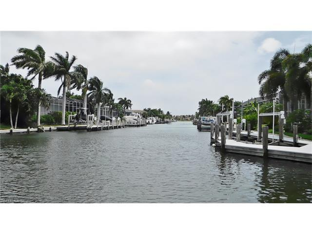 721 Partridge Ct, Marco Island, FL 34145 (#216054652) :: Homes and Land Brokers, Inc