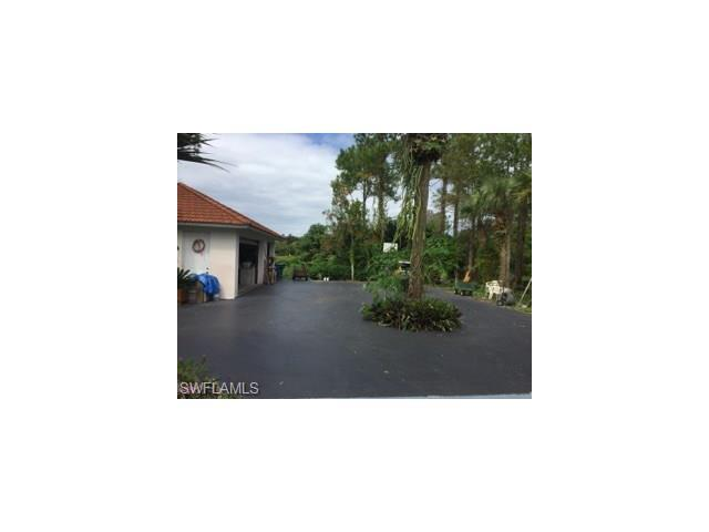 1020 22nd   Street  S.E St, Naples, FL 34117 (#216054771) :: Homes and Land Brokers, Inc