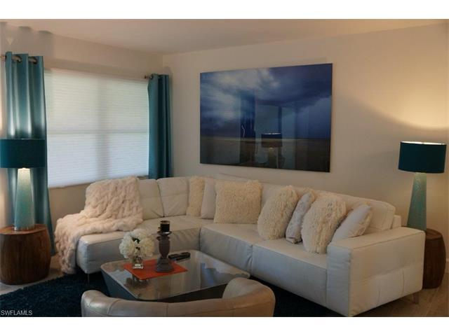 800 River Point Dr #534, Naples, FL 34102 (MLS #216054967) :: The New Home Spot, Inc.