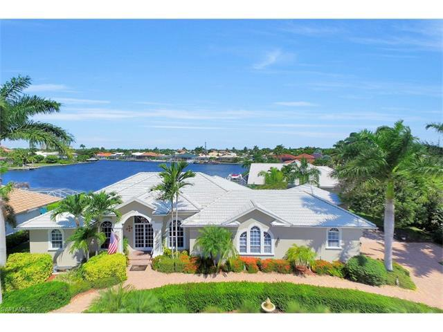 1264 Whiteheart Ave, Marco Island, FL 34145 (MLS #216055025) :: The New Home Spot, Inc.