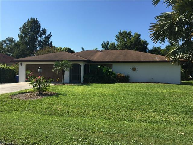 11670 Amanda Ln, Bonita Springs, FL 34135 (MLS #216055300) :: The New Home Spot, Inc.