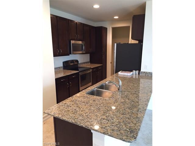 7826 Bristol Cir, Naples, FL 34120 (MLS #216055470) :: The New Home Spot, Inc.