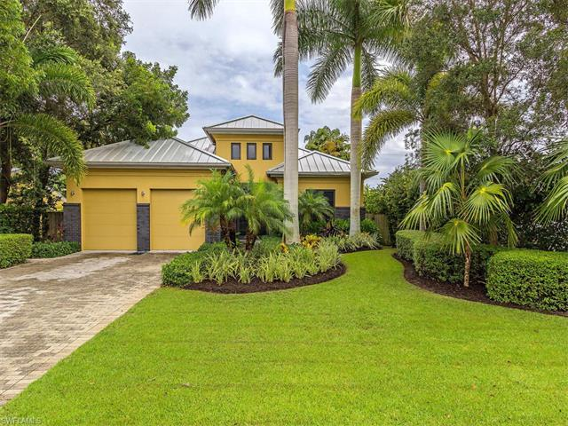 1055 28th Ave N, Naples, FL 34103 (MLS #216055562) :: The New Home Spot, Inc.