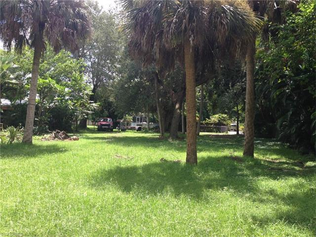 2754 Providence St, Fort Myers, FL 33916 (#216056269) :: Homes and Land Brokers, Inc